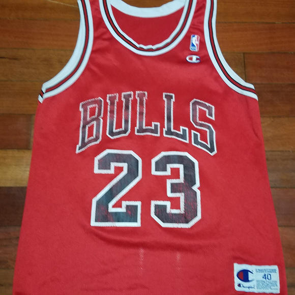 super popular 6364e c1f03 Vintage Chicago Bulls Basketball jersey MJ 23 NBA